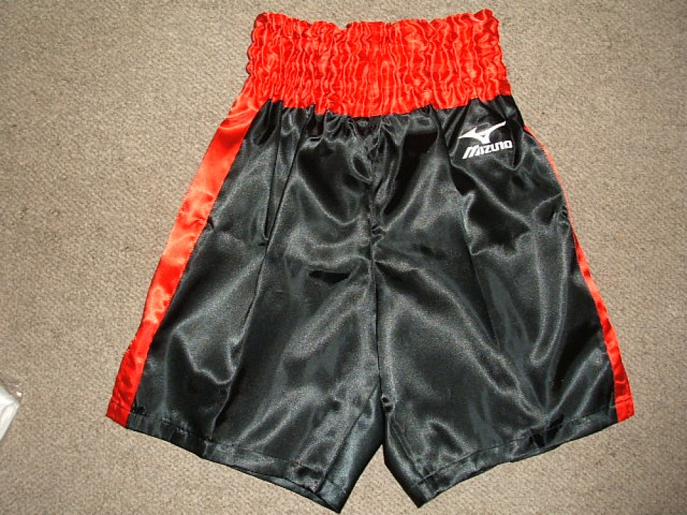 MIZUNO Boxing Trunks Pants Sateen Red × Black Shipping from JAPAN NEW Authentic